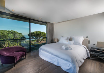 villa-margot-st-tropez-double-bedroom-one