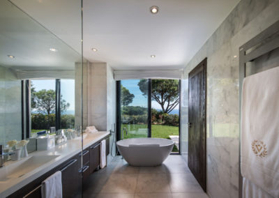 villa-margot-st-tropez-ensuite-bathroom-five