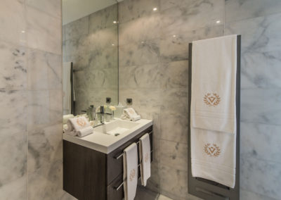 villa-margot-st-tropez-ensuite-bathroom-three