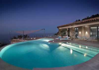 rent-now-your-villa-waters-edge-saint-tropez-french-riviera-france-1