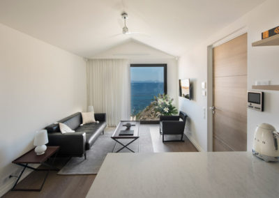 rent-now-your-villa-waters-edge-saint-tropez-french-riviera-france-18